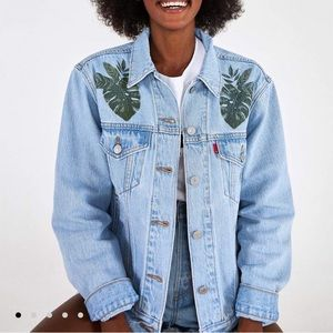 Levi's X Farm Rio NWT tropical jean jacket SZ L